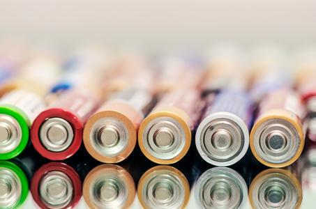 Batteries & Light Bulbs